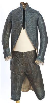 Ensemble (image 1) | Spain | 1785-1800 | silk | Textilteca CDMT | Museum #: 11628