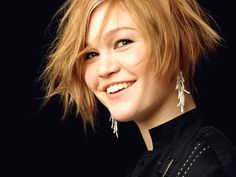 The Regular Guy Believes: Girl of the Day - Julia Stiles