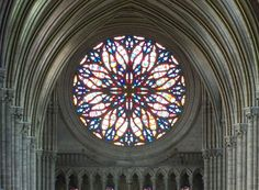 Cathedrale d'Amiens - Rosace ouest, vue du triforium - Cathédrale Notre-Dame d'Amiens — Wikipédia