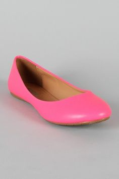 7473968418caf5 19 Best Prep images | Fashion shoes, Loafers for women, Pumping