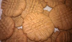 low-carb sugar-free peanut butter cookies Recipe