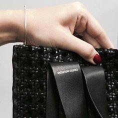 Costanza Bag  / Black woven /