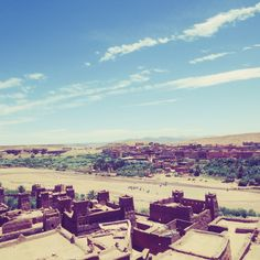 Spend a night in the desert and make your road trip. Visit Ouarzazate, Zagora and more. 🚙👍📷🏜📷😎Share your comments Weekend In Nashville, Music City Nashville, Historical Monuments, Historical Sites, Best Airlines, Places In America, Domestic Flights, Visit Japan, Planning Your Day