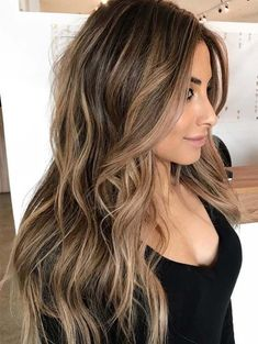 If you are looking for some spring hair color ideas for brunettes balayage, you can have a look at the collection we have got for you over here. Take a look to the page. Best Brunette Hair Color, Brunette Hair Color With Highlights, Brown Blonde Hair, Balayage Brunette, Hair Color Balayage, Balayage Long Hair, Bronde Balayage, Bronde Haircolor, Best Hair Color