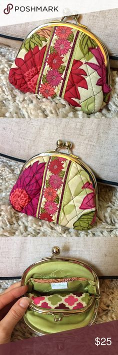 Vera Bradley Kiss Lock Coin Purse 🌺👛 + Two compartments, one featuring a side pocket  + Additional kiss close compartment.. super cute print 😍 + Don't forget to bundle!   ⭐️All items are steamed cleaned and shipped within 48 hours of your purchase. ⭐️If you would like any additional photos or have any questions please let me know. ⭐️Sorry, no trades. But will listen to ALL fair offers. Thanks for shopping! Vera Bradley Bags Wallets