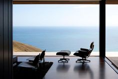 37 Photos That Will Make You Want To Buy An Eames Lounge Chair - Airows