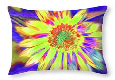 Sunflowers Throw Pillow featuring the photograph Sunwavy by Cris Fulton