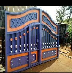 Iron Main Gate Design, Gate Wall Design, House Main Gates Design, Front Gate Design, House Front Design, Railing Design, Modern Steel Gate Design, Gate Designs Modern, Grill Door Design