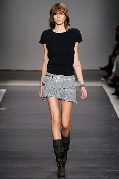 Isabel Marant Spring 2010 Ready-to-Wear Fashion Show - Freja Beha Erichsen