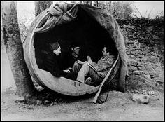 David Seymour - Magnum Photos Photographer Portfolio  SPAIN. Asturias region. Oviedo. Volunteers of the International Brigades. February 1937.