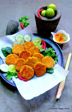 "Vegan Thai ""Fish"" Cakes with Sweet Chilly Sauce - A Sweet Vegan World Vegan Foods, Vegan Snacks, Vegan Recipes, Meatless Recipes, Vegetarian Meal, Burger Recipes, Diet Recipes, Vegan Fish, Thai Vegan"