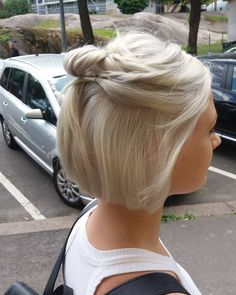 Short hair updos are a perfect proof that you do not need long locks to create intricate upstyles. Cute and elegant at the same time — what can be better? Cute Short Hair Updos, Short Hair Cuts, Short Bob Updo, Hair Dos, Bob Hair Updo, Bob Updo Hairstyles, Medium Hair Styles, Curly Hair Styles, Great Hair
