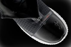 The Architech Futurist's most eye-catching feature has to be its 3D-printed lattice sole. The plastic fibres are interwoven to provide the wearer with infinite cushioning, in a shoe that looks fit for extraterrestial terrain. The shoe is the latest advance in Under Armour's 3D-printed footwear line.