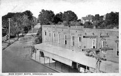 https://flic.kr/p/b3Mc6k | Brooksville | Looking north from Main Street onto Howell Avenue in 1915, one can notice how smooth the streets are by now. On the corner is Thompson's Drug Store, which later evolves into Hope's Drug Store in the 1920s when Mr. Thompson's daughter Margie marries Walter Hope. It stayed in operation until 1963. Caption from Images of America: Brooksville by Robert G. Martinez. This is a post card postmarked in 1930. (h011)