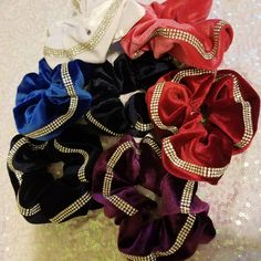 If you need scrunchies we've got you covered! These are in stock and ready to ship! $8 plus shipping. Crushed velvet with stones!… Cheer Bows, Crushed Velvet, 4th Of July Wreath, Scrunchies, Stones, Wreaths, Ship, Decor, Rocks