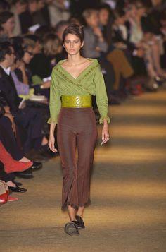 Romeo Gigli Spring 2001 Runway Pictures - StyleBistro