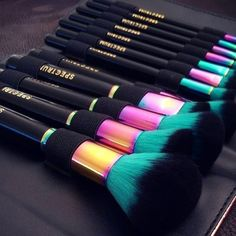 Make-up: makeup brushes, black, iridescent, makeup bag, beauty organizer - Wheretoget