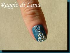 Raggio di Luna Nails: Dotty Christmas tree on teal green Christmas Nail Art, Holiday Nails, Christmas Tree, Christmas 2015, Love Nails, Pretty Nails, Nail Tips, Nail Ideas, Nails At Home