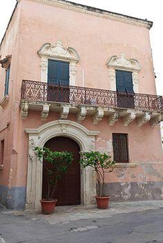 the liberty puglia architectural style: Gallipoli, Puglia, Italy Lecce book your customized tour: guidaturistic@gmail.com