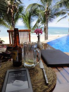 Kindle, Victoria, Menu and Playa Escondida
