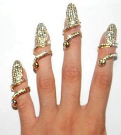 CRYSTAL BLING NAIL RING in DivaLicious Boutique