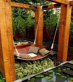 I could see myself laying here and reading the afternoon away...