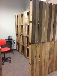 Pallet cubicles. Awesome. Repurposed.