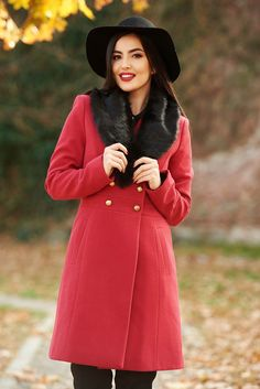 StarShinerS red elegant wool coat with inside lining arched cut with pockets fur collar Detachable Collar, Product Label, Fur Collars, Wool Coat, Elegant, Long Sleeve, Interior, Casual