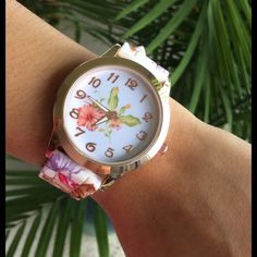 Beautiful floral watch  Stainless Steel gold Round Dial Silicone bandPrinted Flower Bandsuper girly price is firm unless bundle thanks Accessories Watches