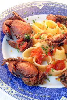 Calamarata con Granchi Pelosi - Semplicità estrema, conoscendo e stando molto attenti ad alcuni dei suoi ingredienti e punti fondamentali http://blog.giallozafferano.it/suditaliaincucina/?p=2615