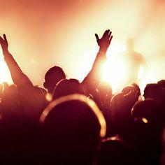 Den & Friends VOL. 1 LIVE @ La Adorada Buenos Aires. Si te lo perdiste, escuchalo Si estuviste, REvivelo! Let's Fly!