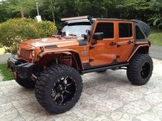 Sweet Jeep. Don't even mind the color.
