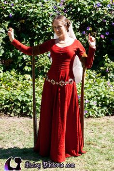 15th century French kirtle.