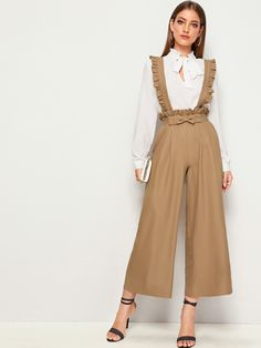To find out about the Ruffle Trim Paperbag Waist Suspender Palazzo Jumpsuit at SHEIN, part of our latest Jumpsuits ready to shop online today! Stylish Dresses, Cute Dresses, Hijab Mode Inspiration, Fashion Pants, Fashion Dresses, Hijab Stile, Frack, Designs For Dresses, Looks Chic