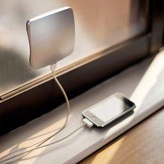 XDModo-Solar-Window-Charger-03
