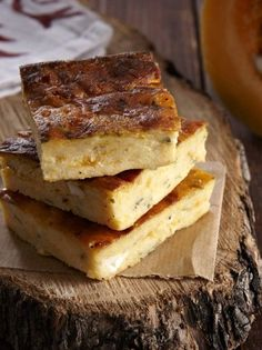 An easy pie without any kind of pastry. With the aroma and freshness of fresh autumn pumpkin. Easy Pie, I Want To Eat, Greek Recipes, Cornbread, Feta, Vegetarian Recipes, Sandwiches, Pumpkin, Cooking