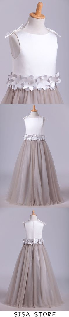 2019 New Flower Girl Dresses Bateau A Line Tulle With Handmade Flowers, This dress could be custom made, there are no extra cost to do custom size and color Junior Bridesmaid Dresses, Homecoming Dresses, Make Your Own Dress, Girls Dresses, Flower Girl Dresses, Bleu Royal, Affordable Prom Dresses, Satin Tulle, Quinceanera Dresses