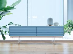 Sussex-low-sideboard-in-blue-lacquer.jpg 1,200×900 pixels