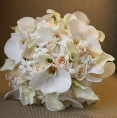Daily Wedding Flower Inspiration @ Modwedding.com