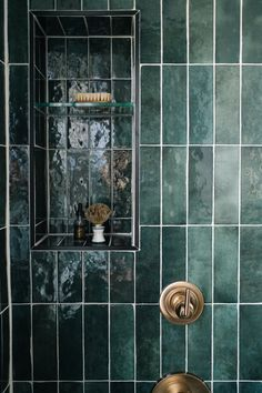 When you live in one of the oldest neighbourhoods in our city, taking on a renovation can be a daunting task. Bathroom Interior Design, Kitchen Interior, Interior And Exterior, Art Deco Bathroom, Wooden Bathroom, Bathroom Ideas, Kitchen Splashback Tiles, Victorian Bathroom, Dream Bath