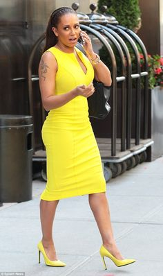 Mel B dashes from New York Fashion Week to America's Got Talent in a strikingly bright neon dress Cute Red Dresses, Neon Dresses, Fashion Dresses, Girls Dresses, Blue Dress Shoes, Yellow Dress, Yellow Clothes, Kids Braided Hairstyles, Spice Girls