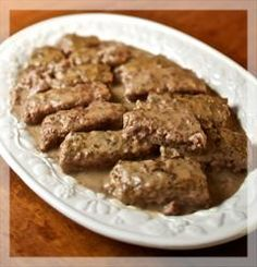Poor Man's Steak Recipe - Guideposts-This recipe is REALLY delicious and can be made with beef or wild game meat such as venison or elk. Tonight I'm making it with venison. (recipes with deer meat) Elk Recipes, Venison Recipes, Amish Recipes, Cooking Recipes, Cheap Recipes, Game Recipes, Dutch Recipes, Hamburger Recipes, Deer Steak Recipes