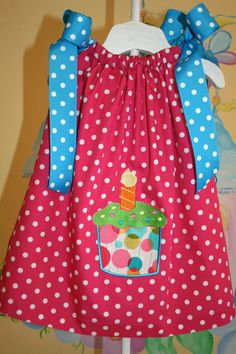 Definitely want to make some pillowcase dresses for my girls for the summer.