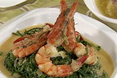 Recipe: Sen. Angara's Ginataang pako with shrimps