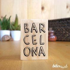 Amants de #Barcelona aquí us deixem un altre dels #segells d'aquesta #ciutat que ens encanta! // Amantes de Barcelona aquí os dejamos otro de los #sellos de esta #ciudad que ¡nos encanta! #biterswit @biterswit Picnic, Barcelona, Place Cards, Stamps, Diy, Place Card Holders, Custom Stamps, Nice Body, Business Cards