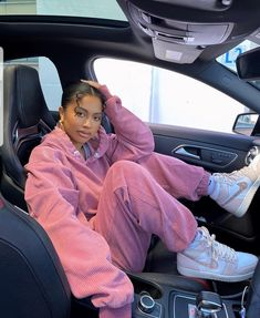 Baddie Outfits Casual, Cute Swag Outfits, Cute Comfy Outfits, Sporty Outfits, Fall Outfits, Mode Streetwear, Streetwear Fashion, Tomboy Fashion, Fashion Outfits