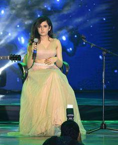 Follow me Aaysha khan 💕🤘💕