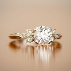 The Best Breathtaking Vintage Engagement Rings Collections (53)