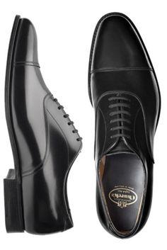 """Zapato Oxford Negro un calzado clásico que """"no"""" se reinventa   Vestirse por los Pies"""