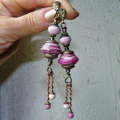 Les Roses d'Asta ✿ Boucles d'oreilles bohème, romantique, perles filées, perles de papier, céramiques ✿ Idée cadeau été : Boucles d'oreille par asta-en-bretagne